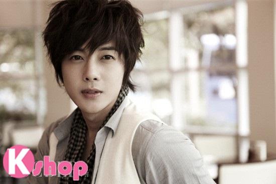 Những kiểu tóc nam đẹp lãng mạn lịch lãm mang phong cách Hàn Quốc phần 1