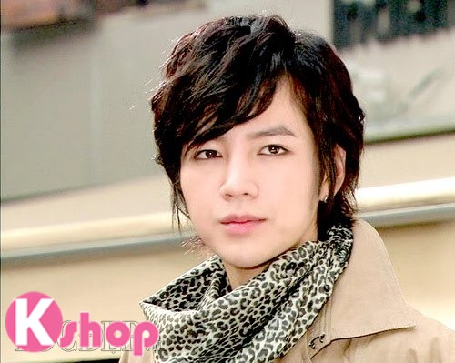 Những kiểu tóc nam đẹp lãng mạn lịch lãm mang phong cách Hàn Quốc phần 11