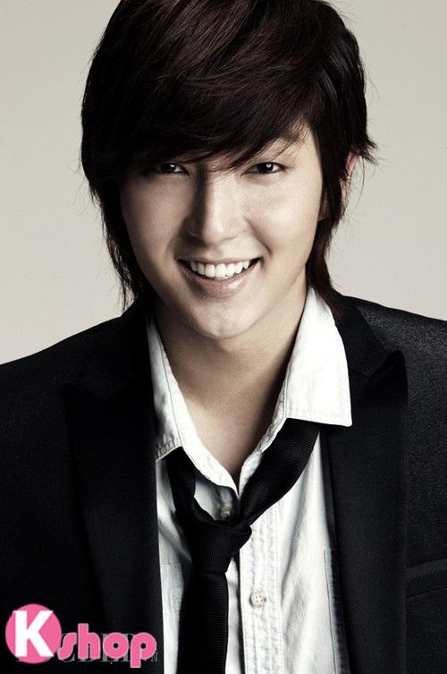 Những kiểu tóc nam đẹp lãng mạn lịch lãm mang phong cách Hàn Quốc phần 16