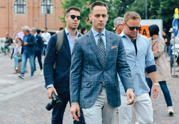 Áo vest nam đẹp cho quý ông sành điệu dạo phố hợp thời trang hè 2017 phần 16