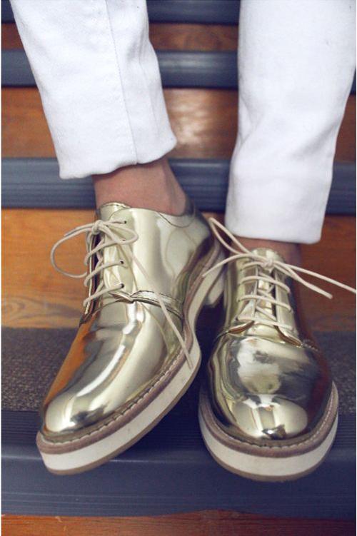 Những mẫu giày nam đẹp sành điệu cho chàng cá tính nhất hiện nay phần 1