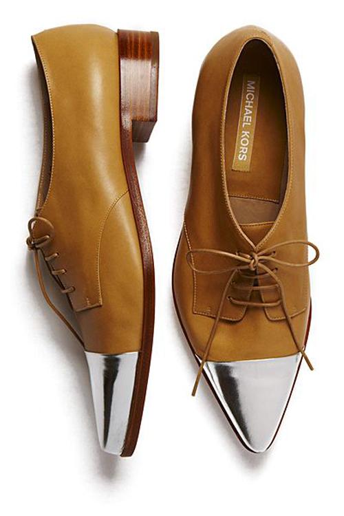 Những mẫu giày nam đẹp sành điệu cho chàng cá tính nhất hiện nay phần 3