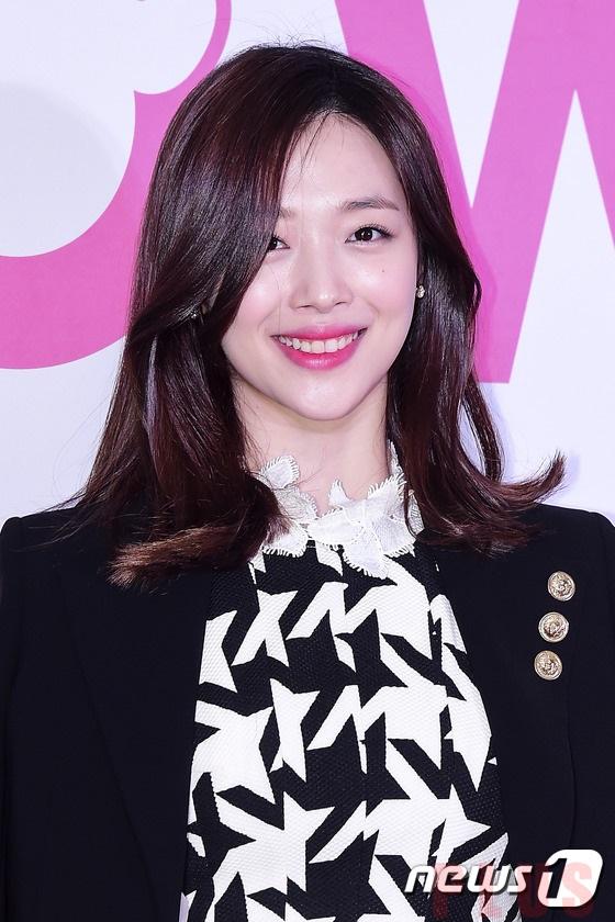 Tóc dài xoăn sóng đẹp nhẹ nhàng quyến rũ sao KPop Hàn Quốc 2017 phần 9