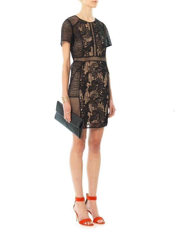 Những kiểu váy ren đẹp hot nhất hiện nay cho quý cô sang trọng đi dự tiệc phần 11