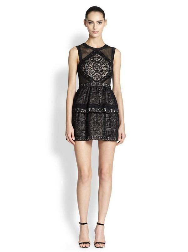 Những kiểu váy ren đẹp hot nhất hiện nay cho quý cô sang trọng đi dự tiệc phần 4