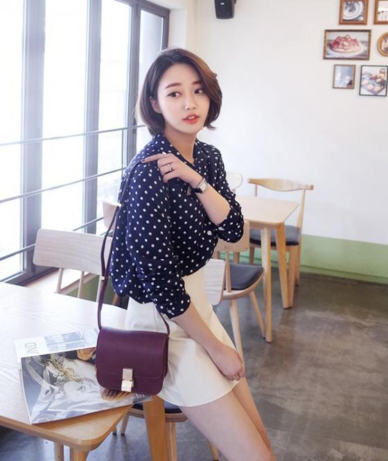Áo sơ mi nữ công sở đẹp Hàn Quốc cho bạn gái hơi gầy vai ngang hè 2017 phần 11
