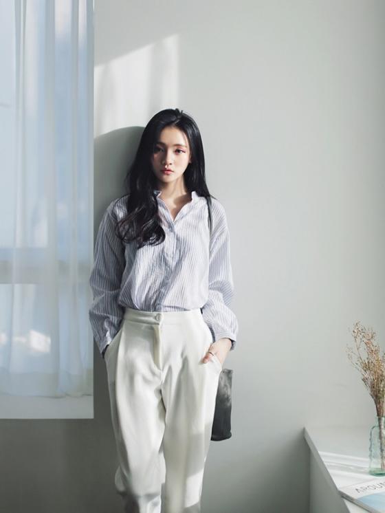 Áo sơ mi nữ công sở đẹp Hàn Quốc cho bạn gái hơi gầy vai ngang hè 2017 phần 6