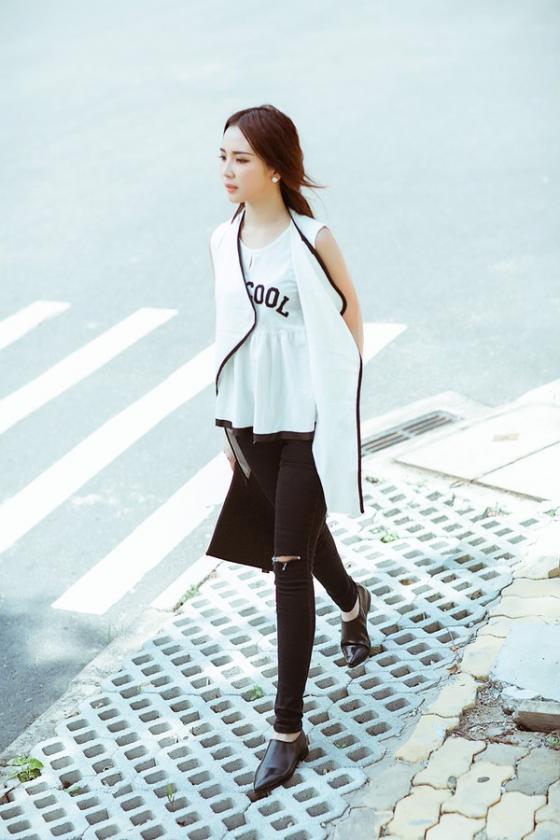 Áo sơ mi nữ trắng đẹp mix với chân váy đen cho nàng công sở hè 2017 phần 9