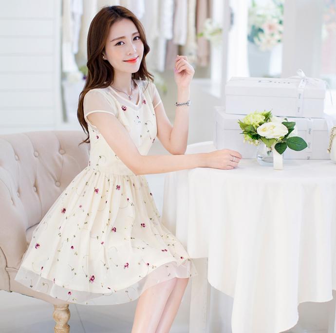 Đầm xòe đẹp Hàn Quốc hè 2015 phong cách trẻ trung cho bạn gái tung tăng dạo phố phần 1