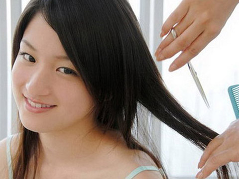 10 Thói quen nguy hiểm khiến mái tóc dài suông mượt trở nên xơ xác gãy rụng phần 9