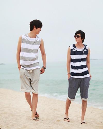 Áo thun nam đi biển đẹp cho chàng trai cá tính khoe body dưới nắng hè phần 11