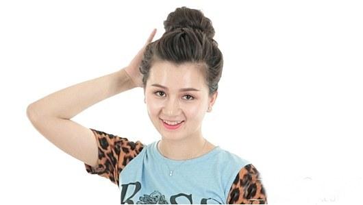 5 Kiểu tóc búi Hàn Quốc đẹp cho cô nàng thỏa sức dạo chơi 2017 phần 5