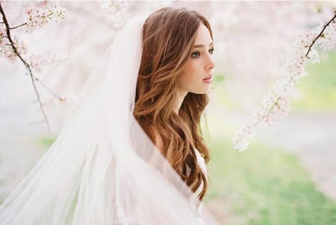 6 kiểu tóc buông dài đẹp duyên dáng nữ tính cho cô dâu ngày cưới phần 19