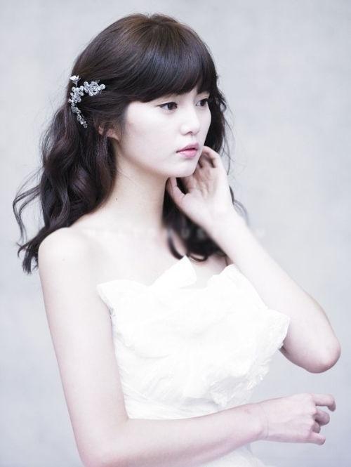 9 kiểu tóc Hàn Quốc đẹp đơn giản quyến rũ dành cho cô dâu hè 2015 phần 2