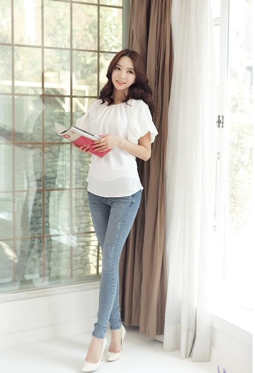 Áo sơ mi nữ cách điệu Hàn Quốc đẹp món đồ theo chân nàng ở khắp mọi nơi phần 11