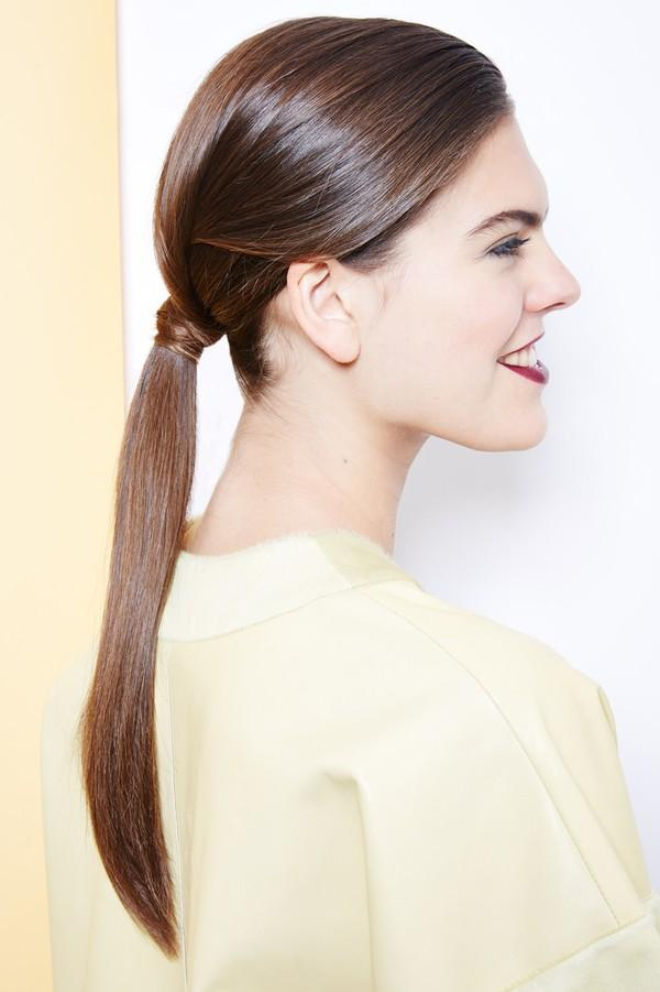 Hướng dẫn 5 cách làm kiểu tóc đuôi ngựa đẹp cho nàng sành điệu dạo phố cuối tuần hè 2015 phần 26