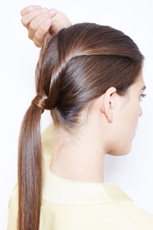 Hướng dẫn 5 cách làm kiểu tóc đuôi ngựa đẹp cho nàng sành điệu dạo phố cuối tuần hè 2015 phần 31