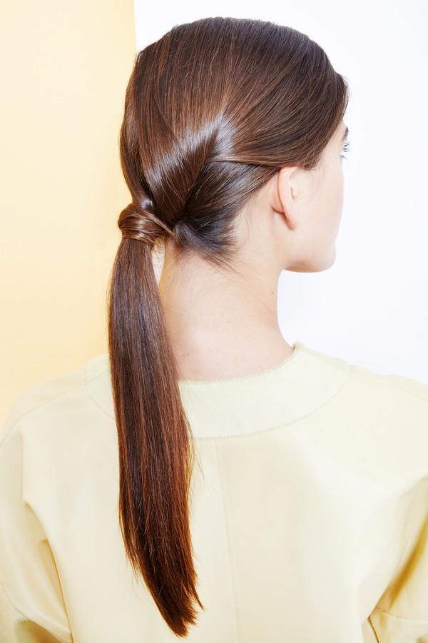 Hướng dẫn 5 cách làm kiểu tóc đuôi ngựa đẹp cho nàng sành điệu dạo phố cuối tuần hè 2015 phần 32