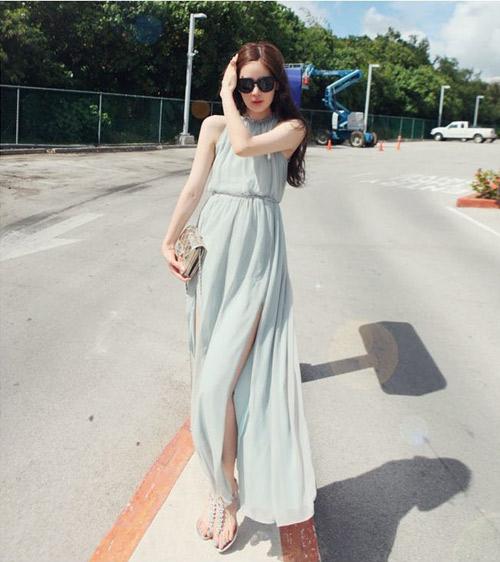 Đầm maxi xẻ đùi đẹp cho nàng chân dài khoe dáng gợi cảm ngày hè 2017 phần 5