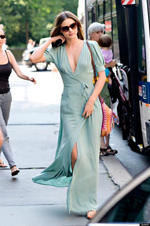 Đầm maxi xẻ đùi đẹp cho nàng chân dài khoe dáng gợi cảm ngày hè 2017 phần 8
