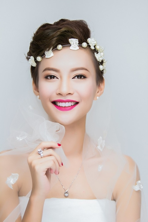 13 kiểu tóc ngắn cô dâu đẹp quyến rũ gây ấn tượng mạnh mọi người phần 2