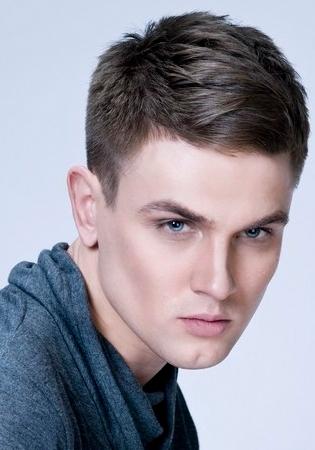 Những kiểu tóc nam đẹp cho chàng khuôn mặt dài hè 2017 phần 3