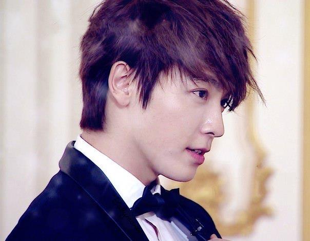 Những kiểu tóc nam ngắn đẹp của các thành viên Super Junior Hàn Quốc phần 12