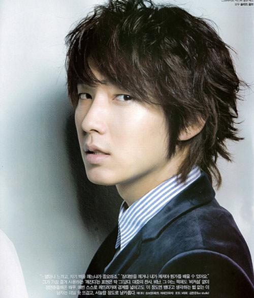 Kiểu tóc nam xoăn tuyệt đẹp cho chàng trẻ trung như sao kpop Hàn Quốc phần 12