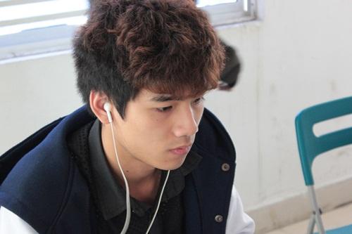 Kiểu tóc nam xoăn tuyệt đẹp cho chàng trẻ trung như sao kpop Hàn Quốc phần 5