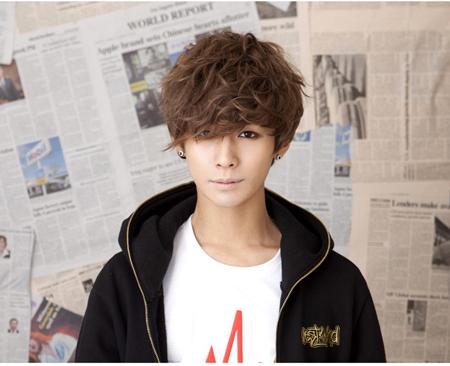 Kiểu tóc nam xoăn tuyệt đẹp cho chàng trẻ trung như sao kpop Hàn Quốc phần 6