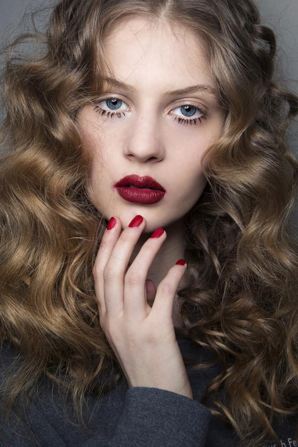 20 kiểu tóc dự tiệc đẹp nhất 2017 cho nàng lộng lẫy sang trọng phần 8