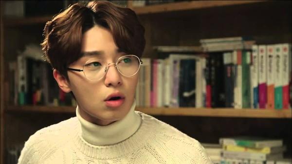 Tóc nam xoăn rẽ ngôi giữa đẹp kiểu Hàn Quốc ấn tượng quyến rũ 2017 phần 2