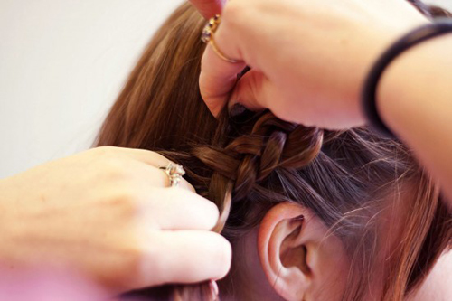Cách tết tóc búi đẹp đơn giản tại nhà cho bạn gái 2016 phần 5