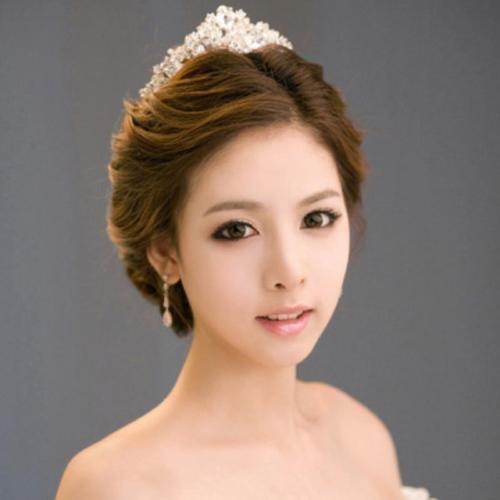 Những kiểu tóc cô dâu đẹp 2016 đơn giản cho mọi khuôn mặt phần 10