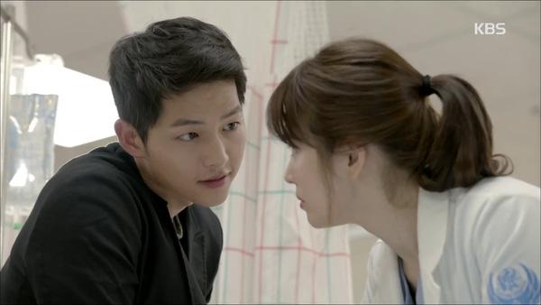 Kiểu tóc nam cắt ngắn đẹp của Song Joong Ki trong phim Hậu duệ mặt trời phần 6