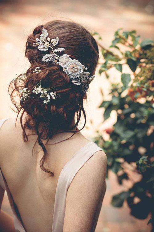 Tóc cô dâu cài hoa đẹp hot nhất trong mùa cưới năm nay 2016 phần 13