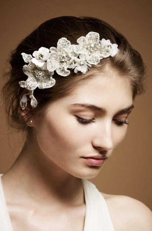 Tóc cô dâu cài hoa đẹp hot nhất trong mùa cưới năm nay 2016 phần 3