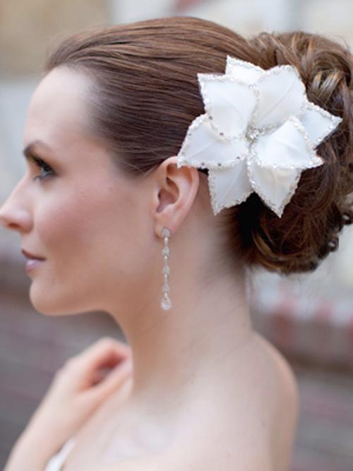 Tóc cô dâu cài hoa đẹp hot nhất trong mùa cưới năm nay 2016 phần 6