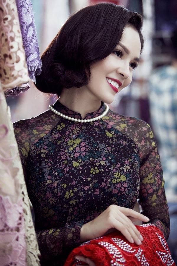 Tóc uốn xoăn ngắn cổ điển đẹp nhất 2016 của mỹ nhân Việt phần 2