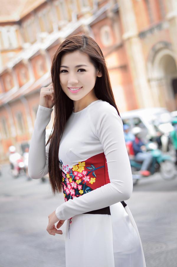 Tóc dài duỗi thẳng đẹp mượt mà nhất hiện nay của sao Việt 2016 phần 1