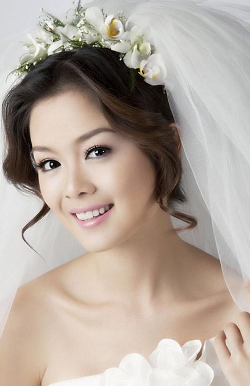 Bật mí kiểu tóc cô dâu đẹp 2016 - 2017 cho nàng khuôn mặt tròn lộng lẫy nhất phần 12