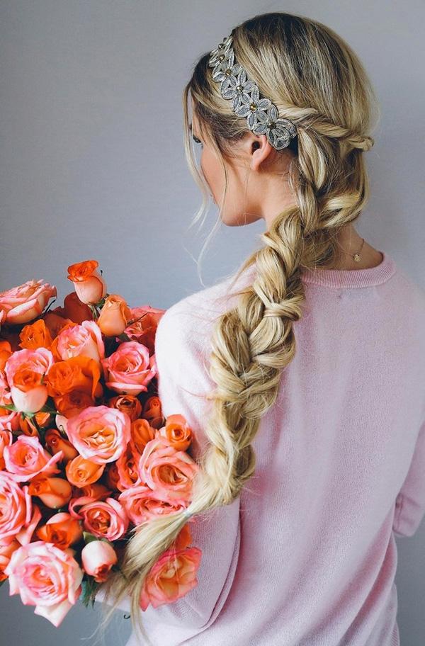 Mách bạn 8 kiểu tóc dự tiệc đẹp lãng mạn ngọt ngào nhất 2017 phần 1