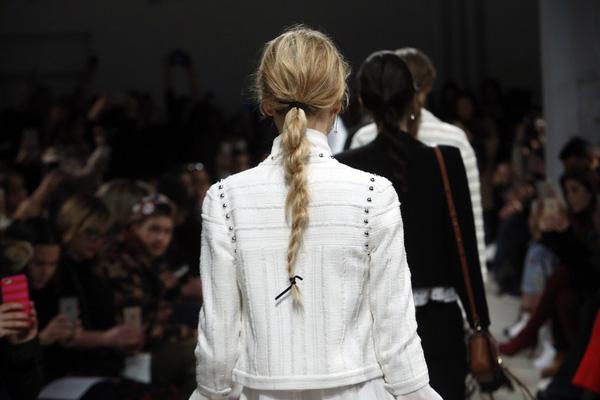 Top 10 kiểu tóc tết đẹp cực hot nhất hè 2017 bạn gái nên thử ngay phần 16