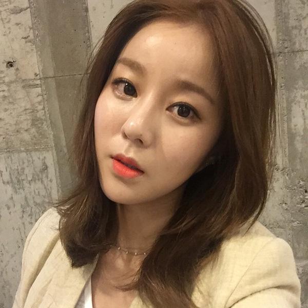 Xu hướng tóc tỉa layer đẹp giống Suzy khiến con gái Hàn chết mê chết mệt phần 7