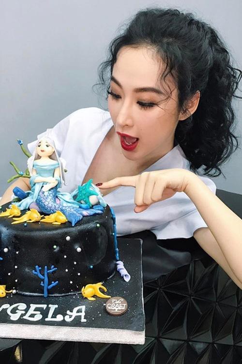 Ngắm mốt tóc xoăn bà thím đẹp khiến sao Việt mê mẩn 2017 phần 3