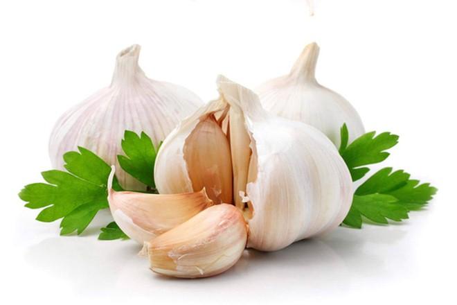 Sử dụng tỏi để ăn sẽ giúp tăng sức đề kháng và hệ miễn dịch