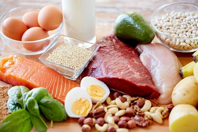 ăn uống đầy đủ dinh dưỡng