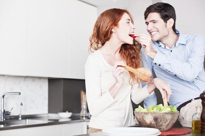chú ý chế độ ăn uống sau sinh thường
