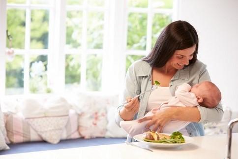 ăn uống sau sinh thường để nhanh có sữa