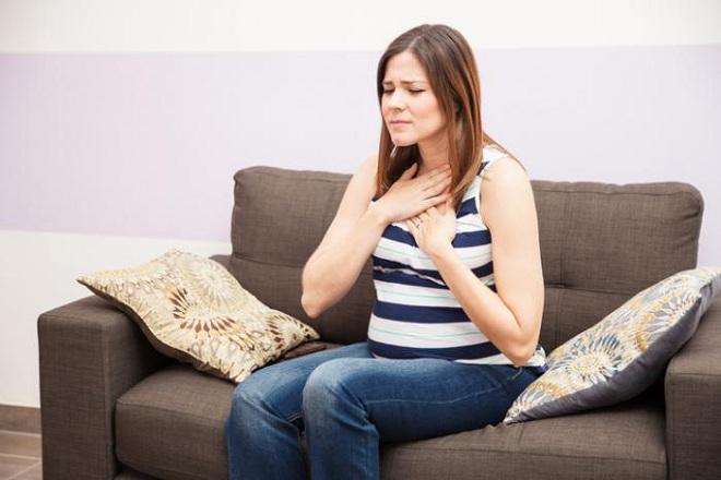Bà bầu uống quá nhiều trà gừng trong thời gian mang thai sẽ dẫn đến tình trạng ợ nóng